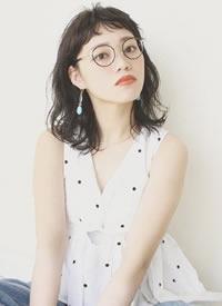 幾款齊劉海的日系女生發型圖片