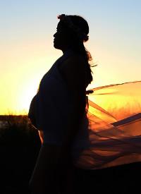 一組極具創意的孕婦攝影圖片
