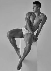 韩国超帅肌肉男模图片