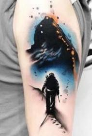 纹身泼墨图片 超个性的9款创意水墨纹身图案赏析