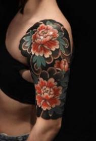 女性花臂紋身 帥氣的9款女性大花臂