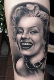 瑪麗蓮·夢露主題的9款紋身圖案作品欣賞