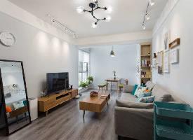 小户型北欧简约风格装修的家,布置的很用心