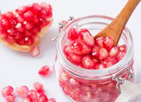 紅紅火火的石榴-石榴籽圖片