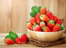 一組特別精致的草莓圖片欣賞