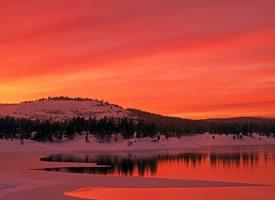 冬季唯美夕阳景象桌面壁纸