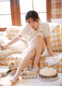 甜心美女大長腿白嫩撩人寫真圖片