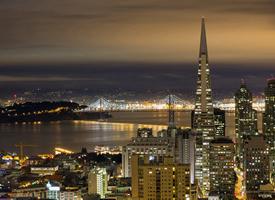 唯美絢麗的城市夜景桌面壁紙