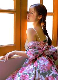豐滿和服美女模特深V低胸性感圖片