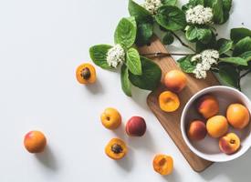 一組春季水果桃子圖片素材