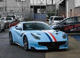 法拉利F12TDF,超級漂亮的顏色 ????