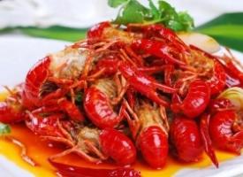 美味的麻辣小龙虾图片
