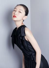 周冬雨黑色礼服长裙性感图片