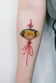 扇子紋身 日式紅色扇子主題的9款紋身圖案
