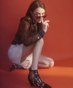 張榕容光影時尚雜志封面寫真圖片