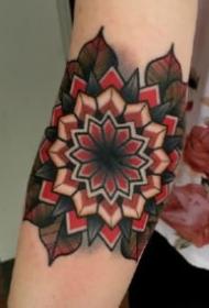 手肘膝蓋等肘關節部位的oldschool繁花紋身圖片