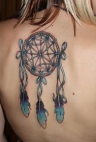捕獲美麗夢幻的一組捕夢網紋身圖片9張