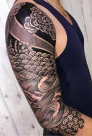 黑臂紋身 硬核線條的9款包臂紋身圖