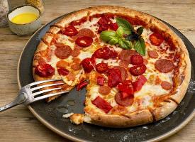好吃的披萨饼图片