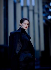 李沁暗黑系酷美写真图片欣赏