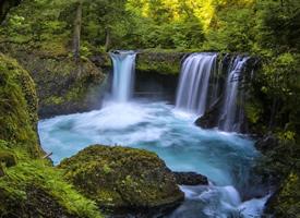 美国哥伦比亚峡谷瀑布图片