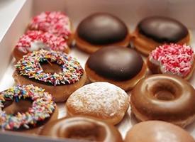 萌萌好吃的甜甜圈图片