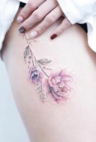 女生粉色紋身 9組適合女生粉色系小