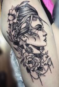 大腿女郎纹身 点刺线构大腿素描概念风女郎大腿纹身作品