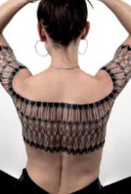 几何刺青 极简几何与曲线搭配的一组帅气纹身作品