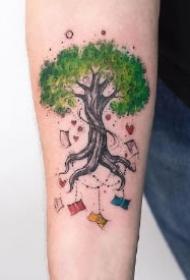 彩色树纹身 唯美具有生命力的树纹身图案
