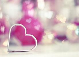 大部分的人甜蜜来自于爱情