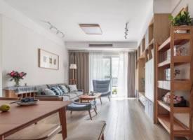 102m²温润木色日式三居