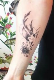 福禄之意的一组9款鹿纹身图片