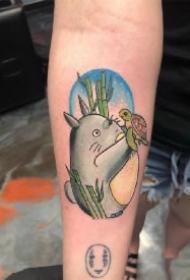 龙猫纹身 宫崎骏动漫龙猫主题的几款纹身图案