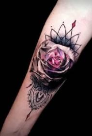 漂亮几何繁花的包臂纹身作品图片