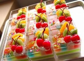 七彩的缤纷的果冻图片