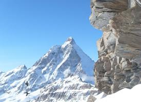 瑞士马特宏峰雪山自然风景图片