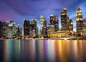 美丽祥和的新加坡城市夜景图片