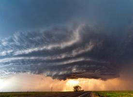 高清壮观的龙卷风图片