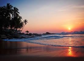 风光丽人的海边夕阳风景图片