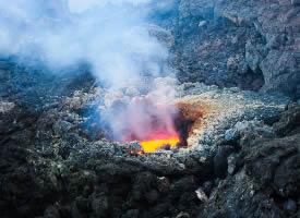 壮观令人震撼的火山喷发图片