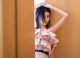 张子枫浅粉甜美高清桌面壁纸