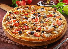 一组诱人的披萨美食图片