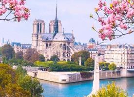 想和喜欢的人去一次春天的巴黎