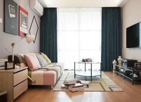77平简约混搭二居室,几何图案搭配纯净基调