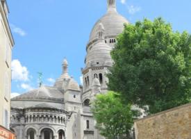 风格独特的巴黎圣心教堂图片