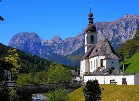 唯美的欧洲小镇自然风景图片
