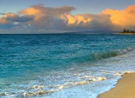 湛蓝的大海壁纸图片