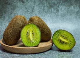 甜甜味道的猕猴桃图片