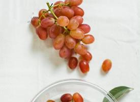 一组小清新感的葡萄图片